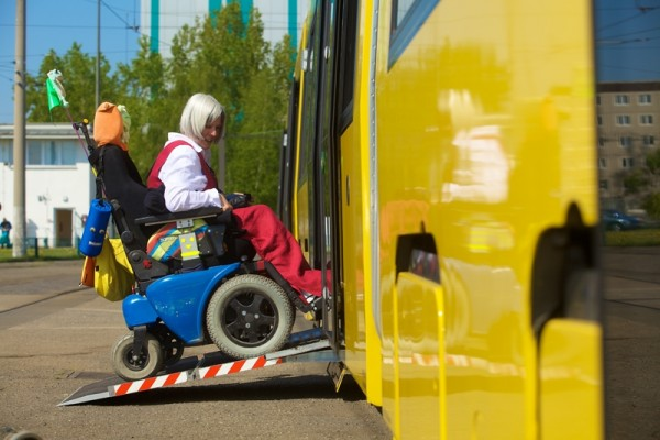 mobilit tstraining in bus und bahn der bvg f r fahrg ste mit behinderungen berlin sicher mobil. Black Bedroom Furniture Sets. Home Design Ideas